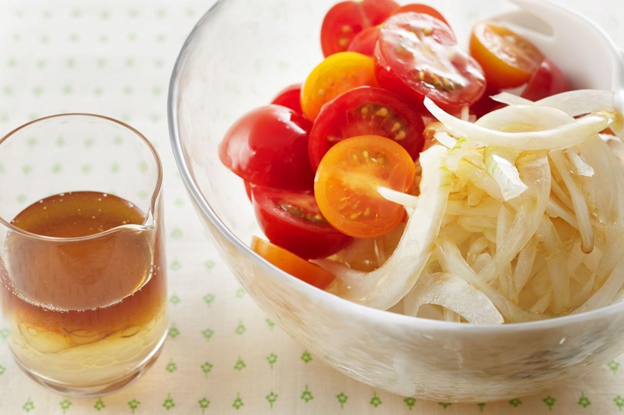 ごま油の塩ドレッシング(玉ねぎとミニトマトのサラダに)