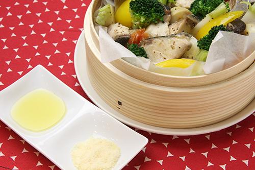 ぶりと野菜のオイル蒸し バジル風味